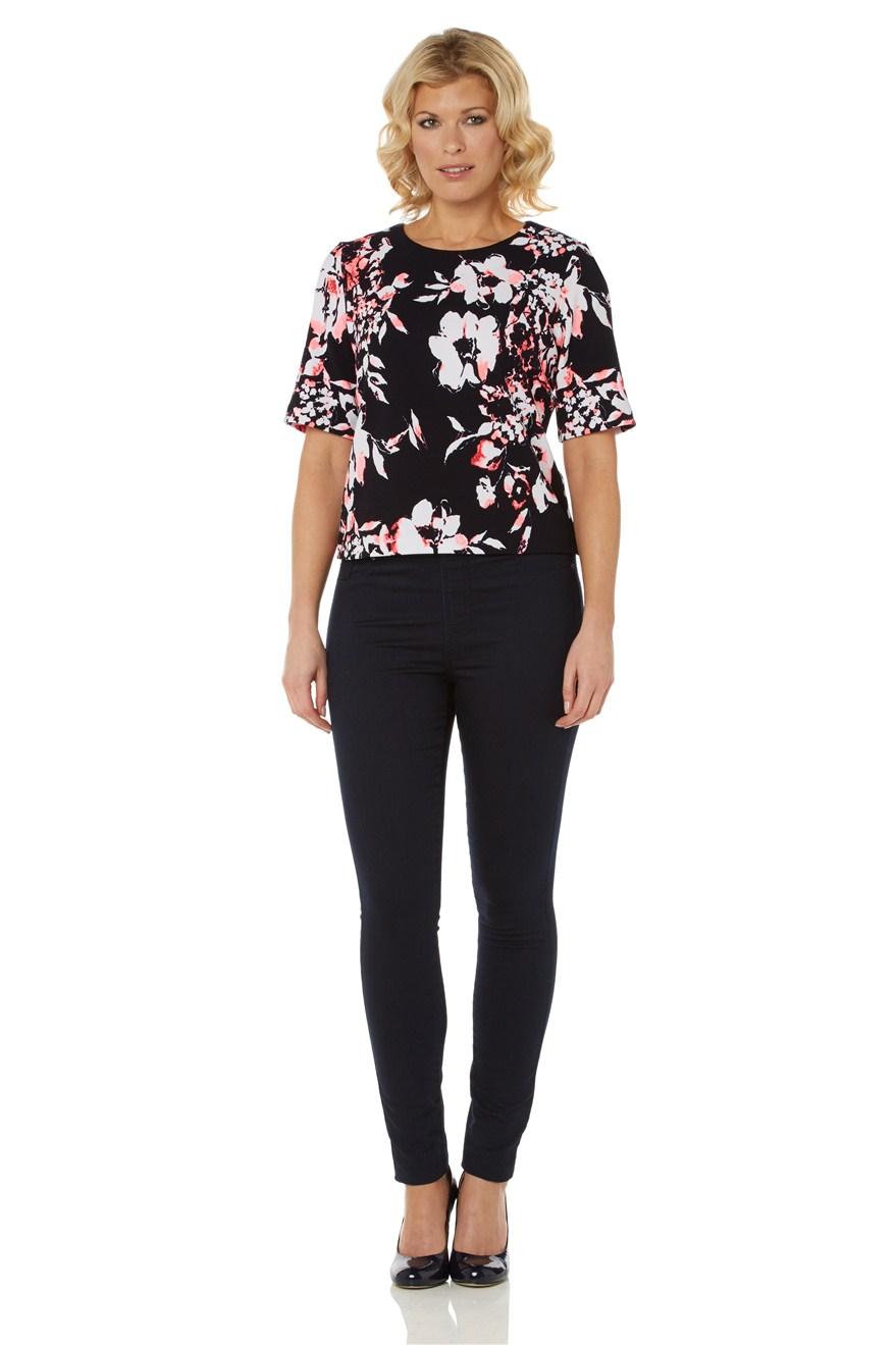 Bluza moderna, cu imprimeu floral si maneci scurte