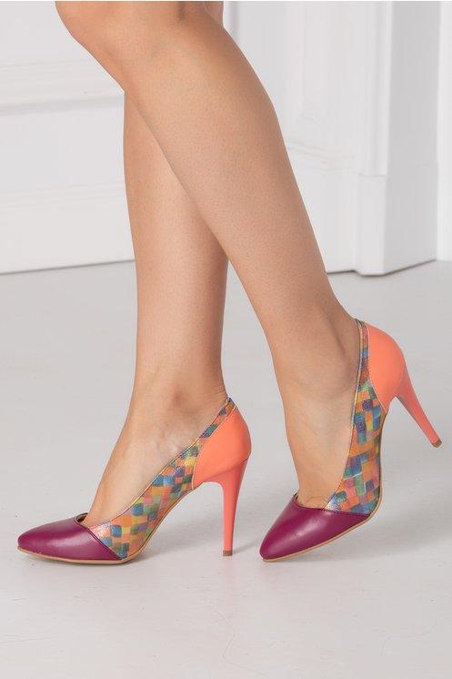 Modele Pantofi eleganti pentru femei